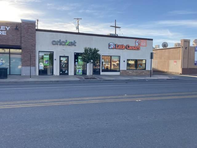 126 N Valencia Boulevard, Woodlake, CA 93286 (#210801) :: Robyn Icenhower & Associates