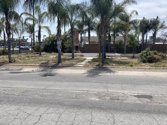 1241 E Sweet Avenue, Visalia, CA 93292 (#210852) :: Robyn Icenhower & Associates