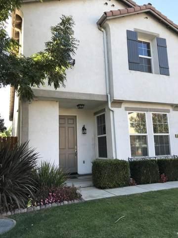 3241 N Fontana Street, Visalia, CA 93291 (#210859) :: Your Fresno Realty | RE/MAX Gold