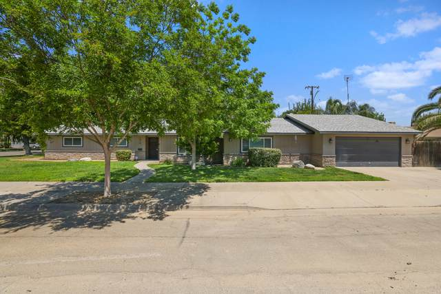 1015 E Palm Drive, Exeter, CA 93221 (#210865) :: The Jillian Bos Team