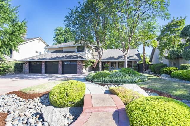 5526 W Sweet Drive, Visalia, CA 93291 (#210914) :: The Jillian Bos Team