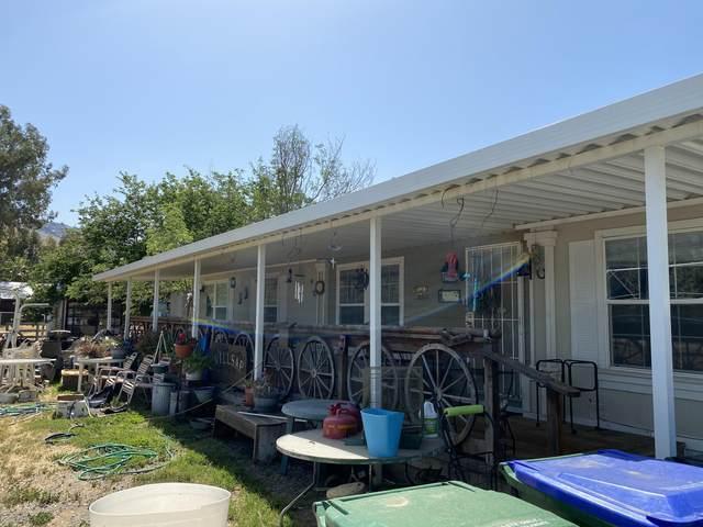 602 S Spruce Road, Exeter, CA 93221 (#211038) :: Martinez Team