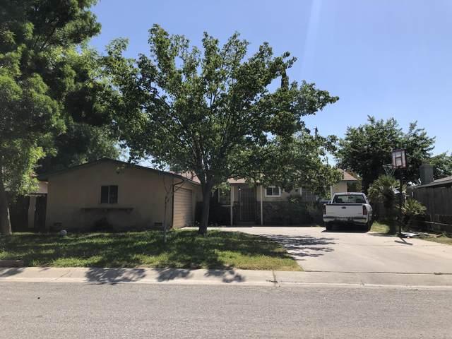 1212 Atkins Way, Porterville, CA 93257 (#211060) :: Martinez Team