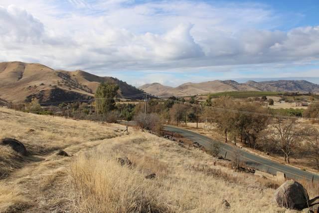 Success Valley Drive, Porterville, CA 93257 (#211236) :: Martinez Team