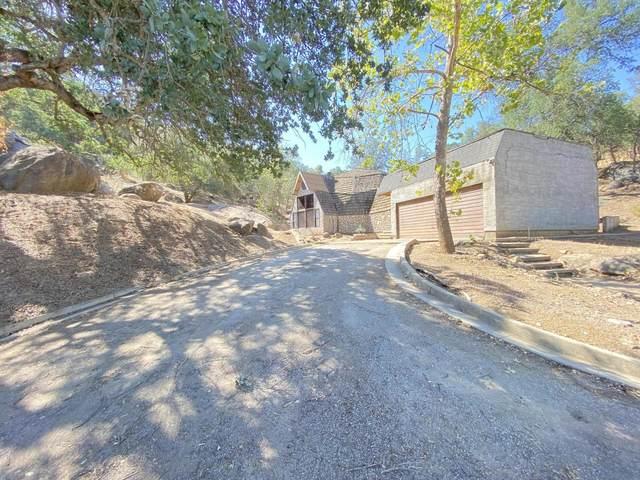 16141 Mustang Drive, Springville, CA 93265 (#211334) :: Martinez Team