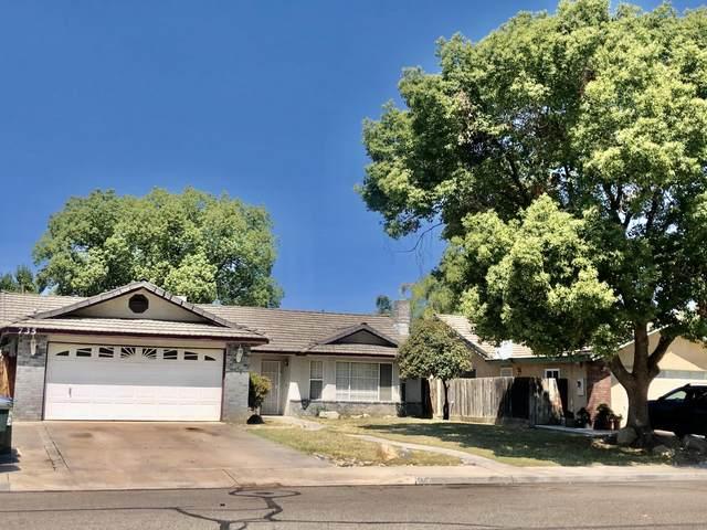 735 N Teakwood Court, Visalia, CA 93292 (#211439) :: Robyn Icenhower & Associates