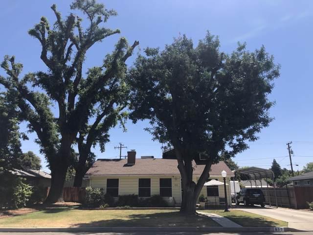 800 S Oak Park Street, Visalia, CA 93277 (#211456) :: Robyn Icenhower & Associates