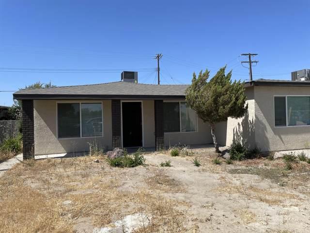 105 W 15th Avenue, Delano, CA 93215 (#211487) :: Martinez Team