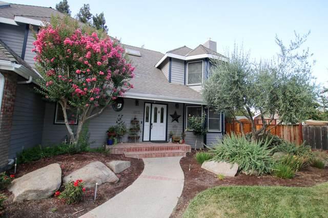 1872 N Alder Avenue, Reedley, CA 93654 (#211499) :: Martinez Team