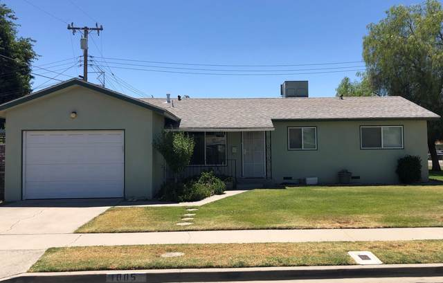 1005 W Water Street, Hanford, CA 93230 (#211538) :: The Jillian Bos Team