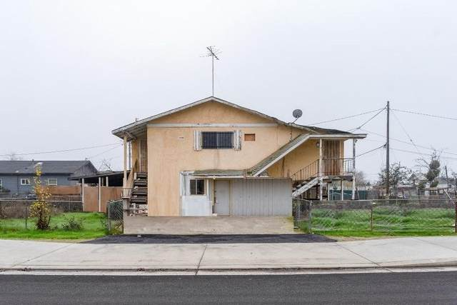 3987 Jacob Street, Traver, CA 93673 (#211586) :: Robyn Icenhower & Associates