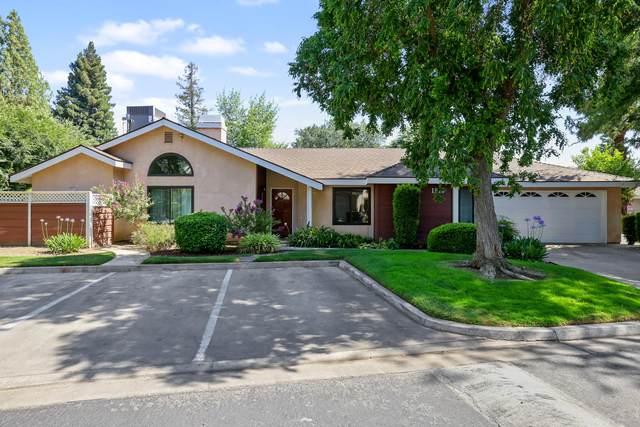 1515 E Castleview Avenue, Visalia, CA 93292 (#211587) :: The Jillian Bos Team