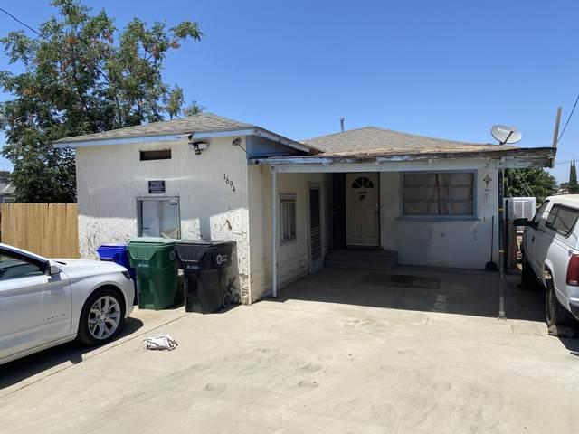 1694 N Beverly Street, Porterville, CA 93257 (#211595) :: CENTURY 21 Jordan-Link & Co.