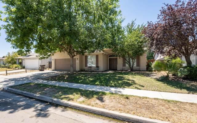 1391 Columbia Avenue, Tulare, CA 93274 (#211692) :: The Jillian Bos Team