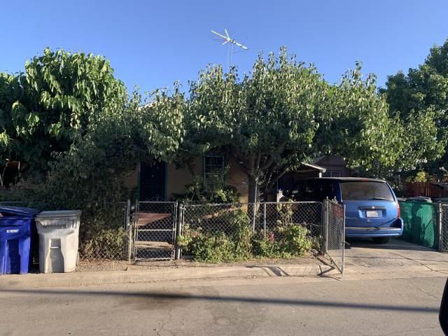 466 1st Street, Lindsay, CA 93247 (#211812) :: Robyn Icenhower & Associates
