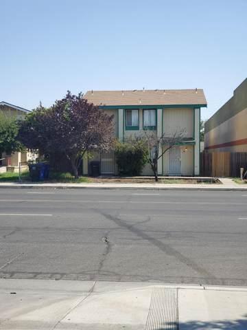 1313 Whitley Avenue, Corcoran, CA 93212 (#212081) :: The Jillian Bos Team