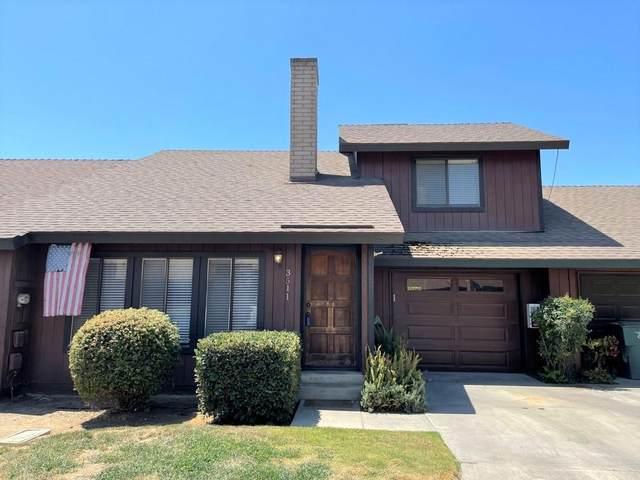 3511 S Oak View Drive, Visalia, CA 93277 (#212249) :: The Jillian Bos Team