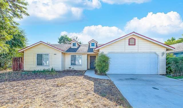 2238 N Milburn Avenue, Fresno, CA 93722 (#212363) :: Robyn Icenhower & Associates