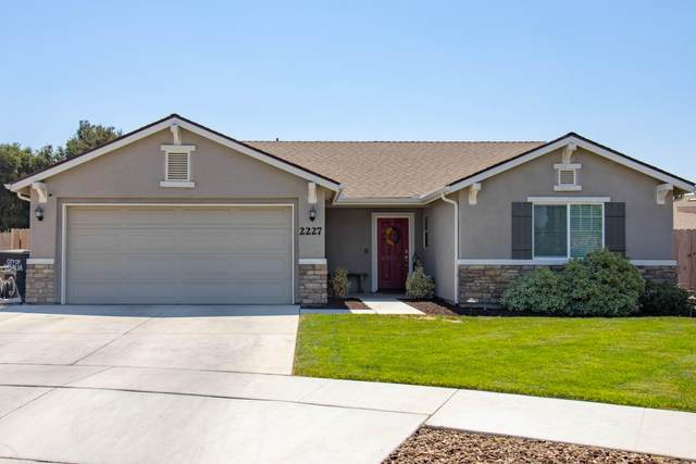 2227 E Woodsville Court, Visalia, CA 93292 (#212386) :: Your Fresno Realty | RE/MAX Gold