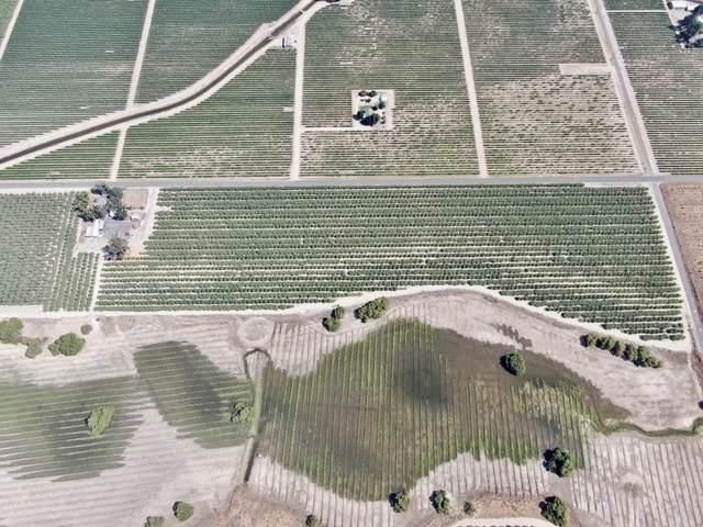 3617 E Nebraska Avenue, Fresno, CA 93725 (#212419) :: Robyn Icenhower & Associates