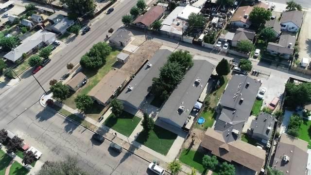 710 J Street, Sanger, CA 93657 (#212444) :: Robyn Icenhower & Associates