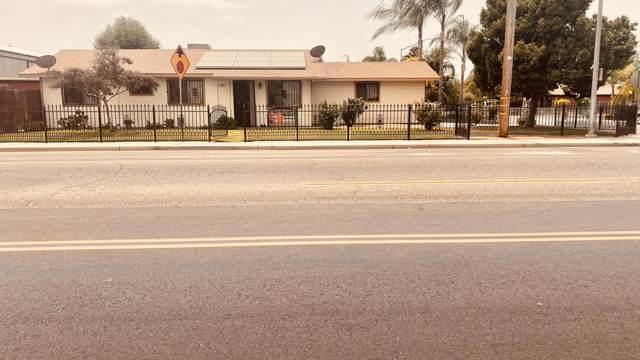 788 E Kamm Avenue, Dinuba, CA 93618 (#212451) :: Robyn Icenhower & Associates