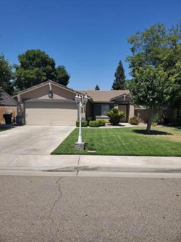 1936 E Monte Verde Avenue, Visalia, CA 93292 (#212523) :: Martinez Team