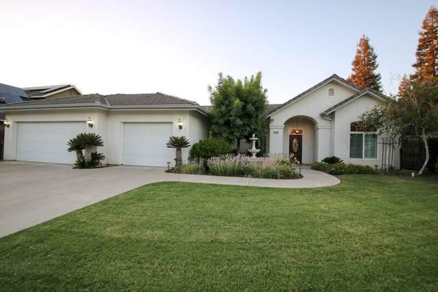 1426 W Sequoia Circle, Reedley, CA 93654 (#212574) :: Martinez Team