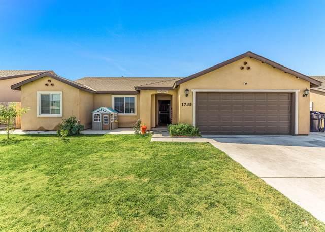 1735 Hermosa Avenue, Tulare, CA 93274 (#213165) :: The Jillian Bos Team