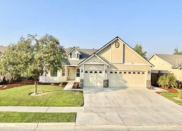 1772 Rosa Avenue, Tulare, CA 93274 (#213415) :: Martinez Team