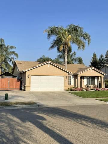 1282 Dalton Street, Tulare, CA 93274 (#213419) :: The Jillian Bos Team