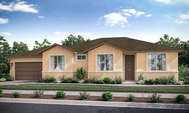 436 W Kimball Avenue, Visalia, CA 93277 (#213496) :: The Jillian Bos Team