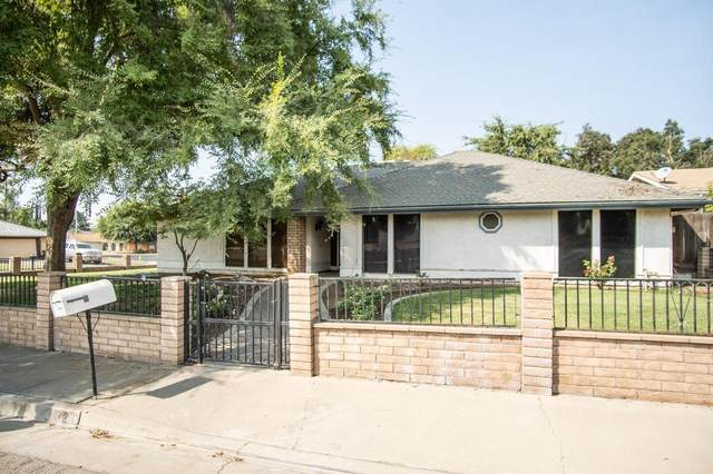 321 Grevilla Place, Porterville, CA 93257 (#213518) :: Robyn Icenhower & Associates