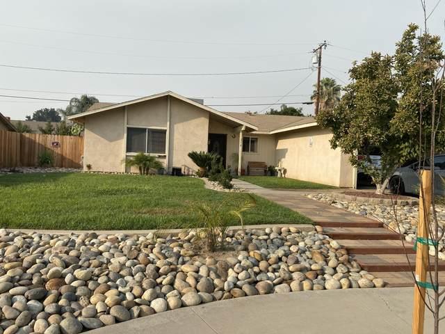 238 W Pleasant Avenue, Tulare, CA 93274 (#213560) :: Martinez Team
