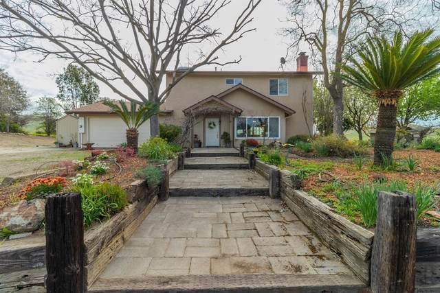 18843 Watts Valley Road, Sanger, CA 93657 (#213758) :: Your Fresno Realty   RE/MAX Gold