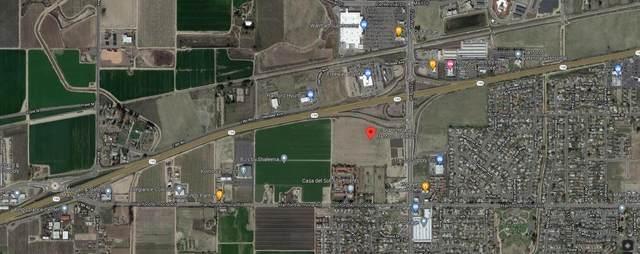10864 12th Avenue, Hanford, CA 93230 (#213760) :: Martinez Team