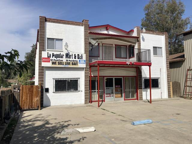 356 E Naranjo Boulevard, Woodlake, CA 93286 (#213893) :: Robyn Icenhower & Associates