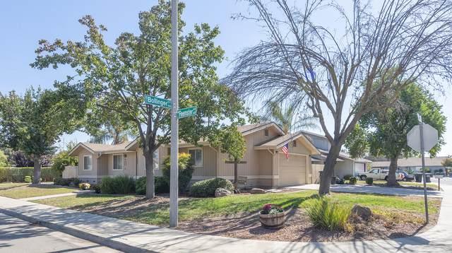 4303 W Feemster Avenue, Visalia, CA 93277 (#213919) :: Martinez Team