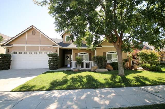 361 E Gibson Avenue, Reedley, CA 93654 (#213939) :: Your Fresno Realty | RE/MAX Gold