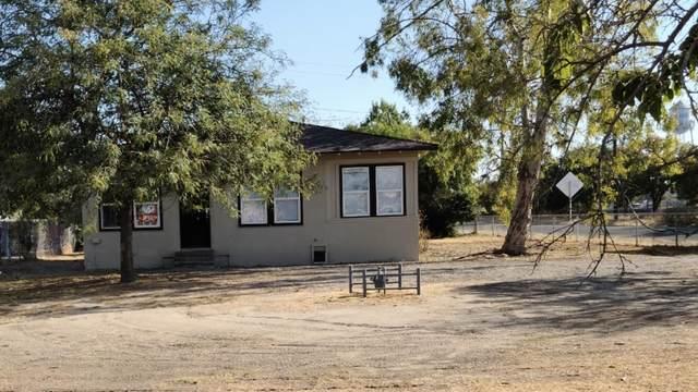 250 S Park Drive, Pixley, CA 93256 (#213958) :: Robyn Icenhower & Associates