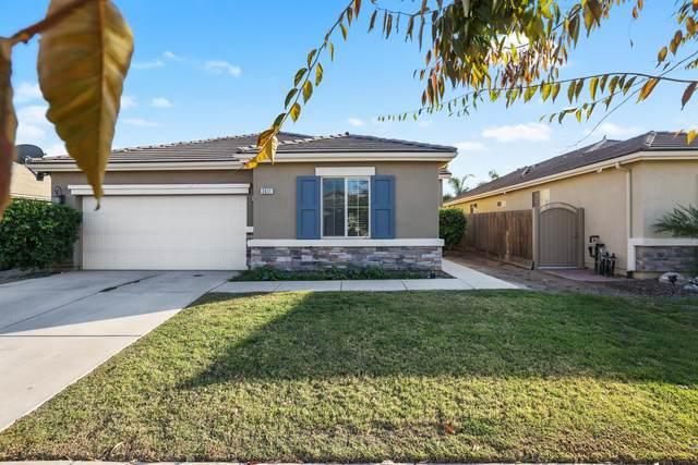 3611 W Buena Vista Avenue, Visalia, CA 93291 (#213995) :: CENTURY 21 Jordan-Link & Co.