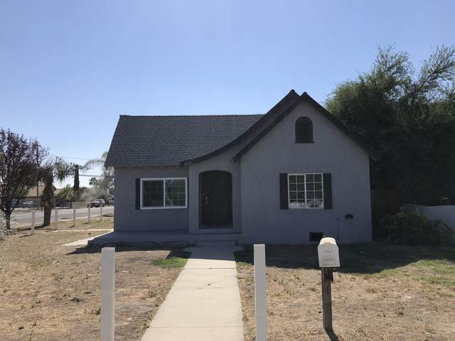 1401 Whitley Avenue, Corcoran, CA 93212 (#214073) :: Martinez Team