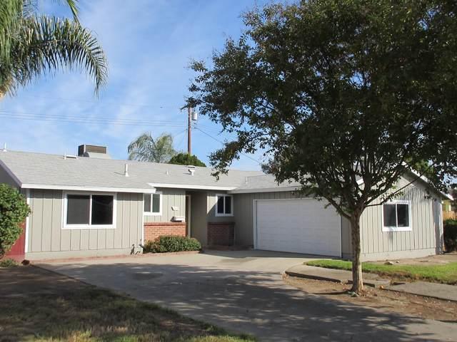 2428 W Princeton Avenue, Visalia, CA 93277 (#214088) :: Robyn Icenhower & Associates
