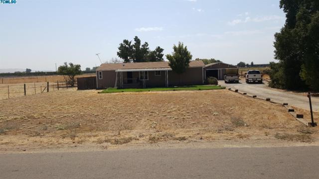 21383 E Jefferson Avenue, Reedley, CA 93654 (#125683) :: The Jillian Bos Team