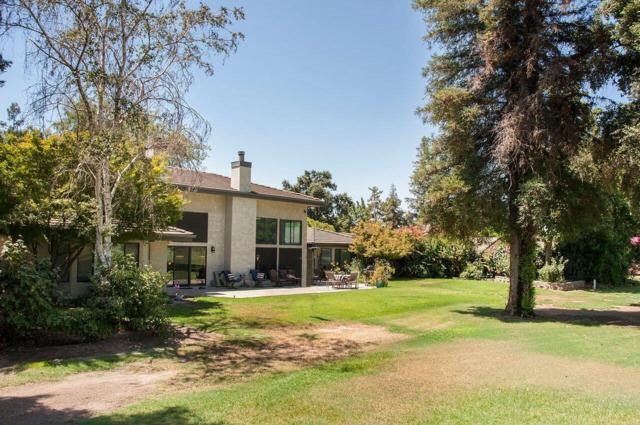 604 N Demaree Street, Visalia, CA 93291 (#132148) :: Robyn Graham & Associates