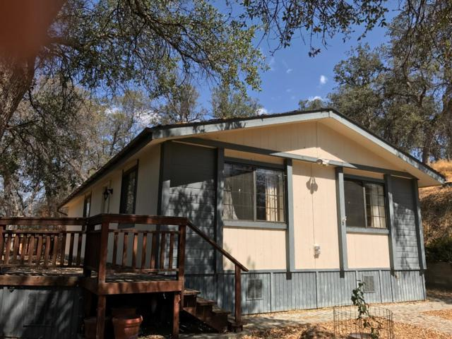 42757 Capanero Oaks Court, California Hot Spgs, CA 93207 (#133338) :: The Jillian Bos Team