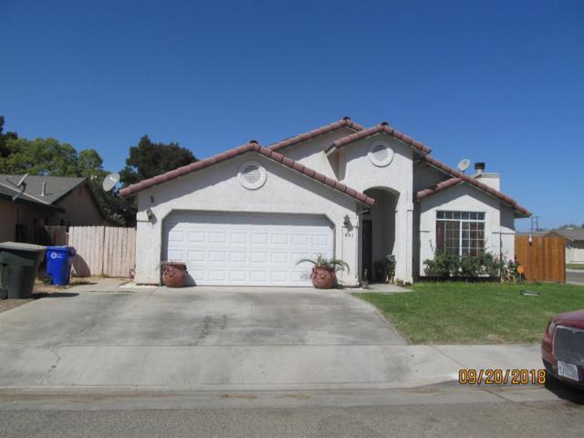 601 S Creekside Street, Porterville, CA 93257 (#141380) :: Robyn Graham & Associates
