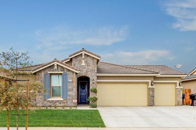 3213 N Elm Street, Visalia, CA 93291 (#142844) :: Robyn Graham & Associates