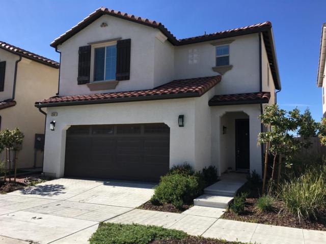 2567 N Mcarthur Avenue, Fresno, CA 93727 (#144217) :: Robyn Graham & Associates