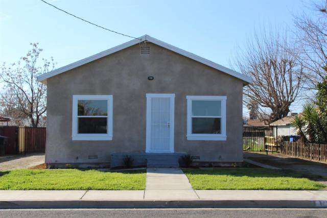 343 Magnolia Avenue, Lemoore, CA 93245 (#144439) :: The Jillian Bos Team